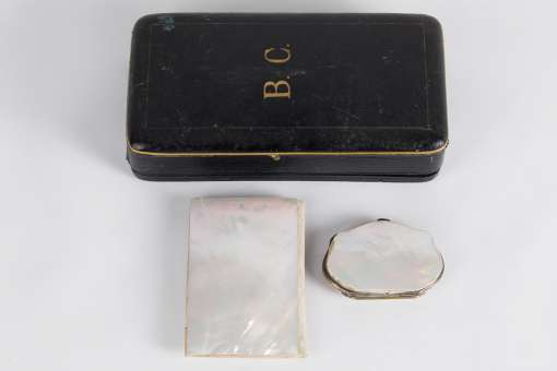 Palais Royal Mother of Pearl Set