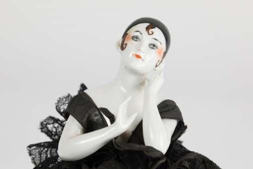 Dressel & Kister Half Doll